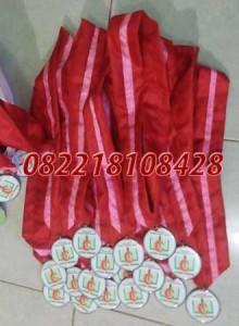 jual medali wisuda palembang