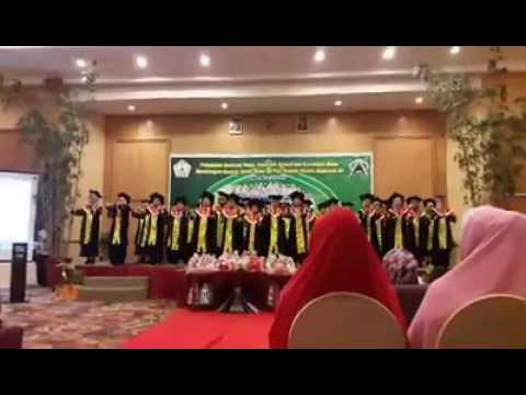 Jual Toga Wisuda Anak Sambas Kalimantan Barat