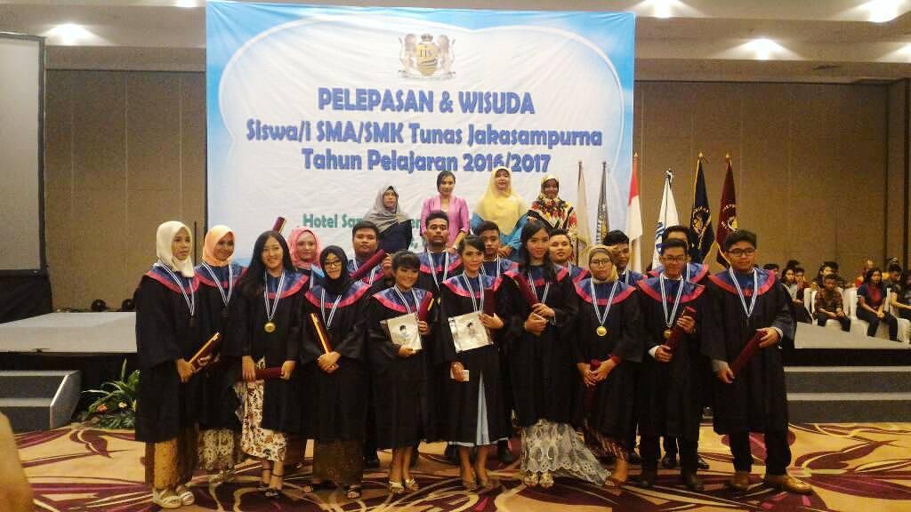 Jual Toga Wisuda Anak Tabalong Kalimantan Selatan
